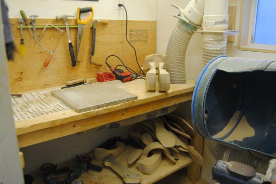2015 Jan 31 4 work bench in the dirty room.jpg