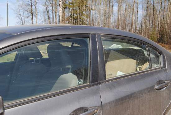 2013_May_10_9_three_in_the_car.jpg
